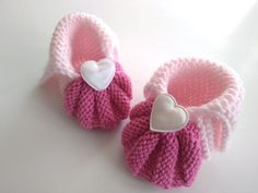 Diy And Crafts, Knitting Patterns, Baby Shoes, Clothes, Fashion, Pebble Art, Crochet Basket Pattern, Outfits, Moda