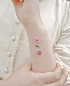 Cute Tattoos, Ink, Style, Tattoo Female, Women's, Mini Tattoos, Swag, India Ink, Outfits