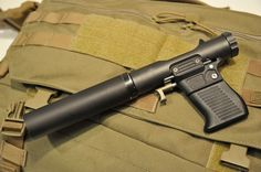 B&T VP9 is a modern day version of the famed WWII Welrod silenced pistol. Officially meant fot veterinary use, in fact meets the needs of special operation forces worldwide
