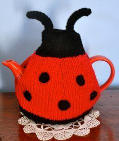 Gorgeous Ladybird / Ladybug Tea Cosy - by BabzzzDesigns on madeit