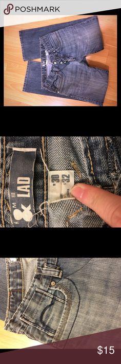 MENS H&M jeans MENS Lag for H&M jeans. Distressed medium wash, cool pocket details. 30x32 H&M Jeans Bootcut