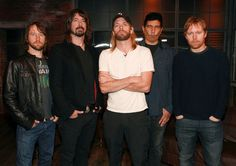 Dave Grohl Photos - Foo Fighters Visit fuse Studio - Zimbio