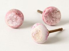 love these pink quartz door knobs  http://rstyle.me/~1MAXp