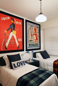 Large statement art in kids room Home Bedroom, Kids Bedroom, Kids Rooms, Bedroom Decor, Bedroom Ideas, Grand Palais Paris, Deco Kids, Poster S, Red Accents