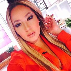 Adrienne Bailon Kiely Williams, The Cheetah Girls, Adrienne Bailon, Wedding Makeup Looks, Girl Crushes, Cut And Color, Lady In Red, Celebrity Style, Hair Makeup