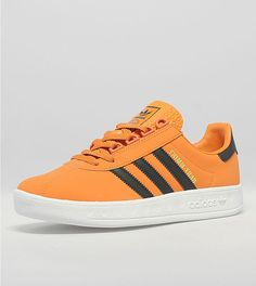 Adidas Classic Shoes, Adidas Casual Shoes, Classic Sneakers, Adidas Shoes, Kicks Shoes, Shoes Sneakers, Adidas Fashion, Sneakers Fashion, Snicker Shoes