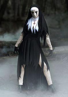 Dreadful Nun Costume - Affordable Halloween Costumes for Women Character Halloween Costumes, Popular Halloween Costumes, Costumes For Women, Halloween Parties, Halloween 2019, Costume Halloween, Halloween Looks, Couple Halloween, Halloween Makeup