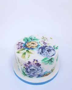 A hand painted chintzy birthday cake Mother In Law Birthday, Pie Cake, Wedding Cake Inspiration, Let Them Eat Cake, Wedding Cakes, Birthday Cake, Hand Painted, Desserts, Food
