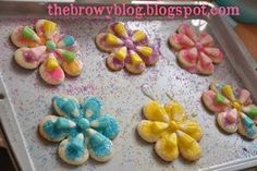 flowers w/Easter candy corn   http://thebrowyblog.blogspot.ca/2011/04/easter-cookies.html