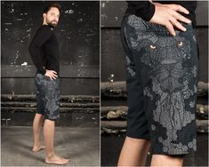 Festival Swimming Shorts with Cyberpunk Lion Print. Amazing Surf Shorts with Digital Art Print  The Lion Boardshort Dark is one of our High Tech models. One of our designers really made a killer digital artwork and the material is just amazing. It was developed by pro surfers and has entities like Alternative Men, Alternative Fashion, Lion Print, Art Print, Men Fashion, Fashion Art, Jedi Outfit, Pixie Outfit, Dystopian Fashion