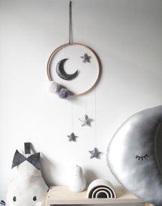 Dark Grey Moon and Stars Mobile – Never Perfect Studio Sky Nursery, Nursery Decor, Nursery Crafts, Baby Boy Rooms, Baby Boy Nurseries, Support Mobile Bebe, Ideas Habitaciones, Star Mobile, Diy Bebe