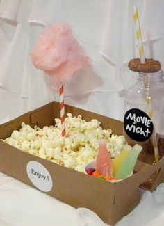 15 OLD School FOOD Tray/ with Drink Holders /SNACK/ Movie Popcorn / cotton candy / soda /HotDog/ Onion Rings /SleepOvers / Party Perfect