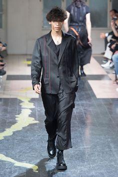 Yohji Yamamoto SpringSummer 2016 Collection - Paris Fashion Week - DerriusPierreCom (5)