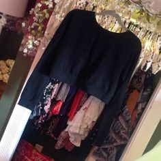 Forever 21 black crop top sweater Black cropped sweater Forever 21 Sweaters Cardigans