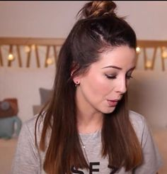 Zoella Aka Zoe Sugg With Short Hair Lockdown Pinterest - Hairstyles for short hair zoella