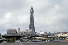 Blackpool Uk, Retro Pictures, Train Station, Seaside, Paris Skyline, Past, Architecture, Building, Places