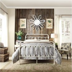 AmazonSmile - Giselle Antique White Graceful Lines Victorian Iron Metal Bed - Queen Size -