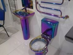 purple iridescent metallic toilet this is ridiculous and pointless and I LOVE it. Purple Bathrooms, Dream Bathrooms, Dream Rooms, Colorful Bathroom, Peacock Bathroom, Funky Bathroom, Bathroom Goals, Dream Bedroom, Amazing Bathrooms