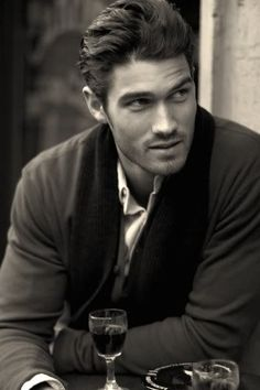 ...and this is why Italian guys should be illegal. Francis Cadieux #Love #Italian men