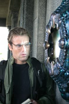 I love Daniel Jackson. He is such a perfect character. He's the most heroic, geeky,  space explorer. He would die for a stranger, he will help anyone no questions asked, and the thing that gets under his skin more than anything else, is needless violence. Nothing agitates him more than seeing people getting hurt when he can't do anything about it. He is definitely one of the most heroic characters out there. Daniel Jackson is my hero. <-- Well said.