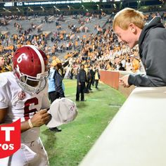 crimsontidepictures's photo: Blake Sims has class. Signing a Tennessee fans hat #RollTide