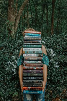 Best Frind, The Hating Game, Book Background, Girl Reading, Stack Of Books, Book Aesthetic, Brown Girl, Great Love, Book Photography