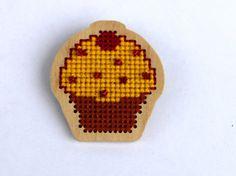 Sugar sprinkled cupcake brooch for girl kids by SalixCinerea