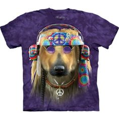 Groovy Dog tie dye t shirt. What a look complete with all the groovy symbols. Hippie Peace, Happy Hippie, Hippie Love, Hippie Style, Hippie Chick, Hippie Bohemian, Gypsy Style, Peace Love Happiness, Peace And Love