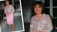 Lorraine Kelly wearing the Connie Silk Printed Shirt Celebrity Outfits, Lorraine, Printed Shirts, Celebs, Silk, Blouse, How To Wear, Clothes, Tops