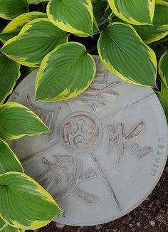 Fire årstider Plant Leaves, Plants, Design, Plant, Planets