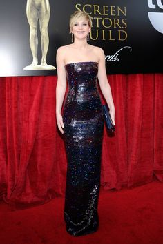 Jennifer Lawrence at the SAG awards, she's not wearing a white dress! But I love the dress she is wearing.