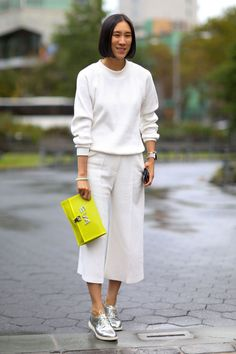Eva Chen in Cole Haan shoes and Proenza Schouler bag. Photo: Imaxtree