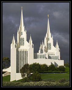 San Diego Mormon Temple (Church of Jesus Christ of Latter-day Saints)