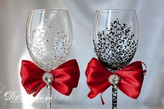 LACE Black & White Wedding wine glasses/ RED bride by DiAmoreDS