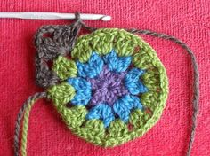 mandala granny square tutorial