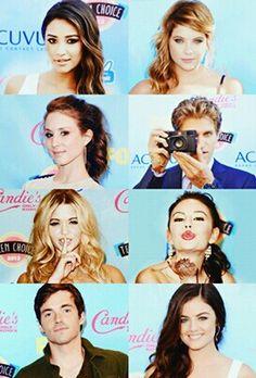 Pretty little liar cast at Teen choice awards