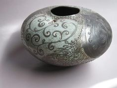 Lesley-Ann Chase Hoets Keramik Vase, Wabi Sabi, Ceramic Pottery, Ann, Home Decor, Decoration Home, Interior Design, Pottery, Home Interior Design