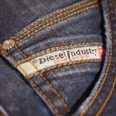 Ni vet väl om att vi har ett brett sortiment av DIESEL i våra butiker? #diesel