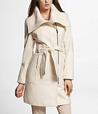 I really wish I could wear a white coat and not be afraid! And who can say no to Express Sales?   RIB TRIMMED WOOL BLEND COAT
