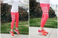 Love these DIY painted leggings for yoga dance or any workout, even running errands, use stencils and it's a breeze. Clothes Crafts, Sewing Clothes, Yoga Pants Outfit, Yoga Leggings, Workout Leggings, The Body Book, Patterned Leggings, Painted Clothes, Yoga For Men