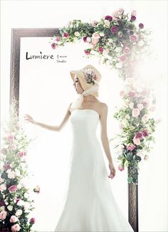 beautiful Korean bride wearing pure white mermaid line wedding dress