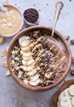 How to Make Smoothie Bowls - Personal Essay