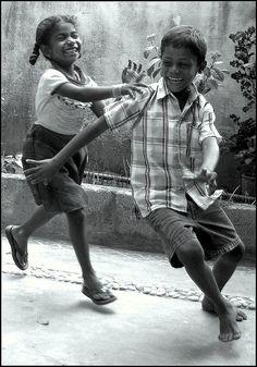cing-cangkeling11: (by Aravind) - arabi photo b & amp;w children figurative play joy visual art