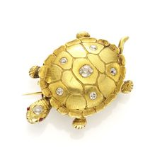 An Antique Gold and Diamond Turtle Brooch. Via FD Gallery, www.fd-inspired.com