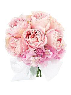ランコントレ 優しいシュガーピンクのバラと、スイートピーを束ねて作ったロマンティックなブーケ。