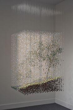 The Intimate Paint-Drop Sculptures of Chris Dorosz Acrylic Rod, Instalation Art, Paint Drop, Creation Art, Wow Art, Art Plastique, Oeuvre D'art, Sculpture Art, Amazing Art