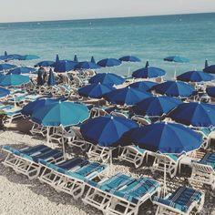 @atelierkatayon ⚓️#PromenadeDesAnglais#beach#rocks #vacance #sud #FrenchRiviera #CotedAzur #summer#NiceFrance