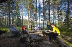 Erätaitoja oppimaan Outward Bound Suomen kanssa!  Erätaitokurssit toteutetaan kokemuksellisen oppimisen periaattein ja ne tapahtuvat luonnossa eri vuodenaikoina. Erätaitokurssit soveltuvat kaikille retkeilystä, erätaidoista ja eräperinteestä kiinnostuneille yksilöille ja ryhmille.  #Erä  #Retki  #Erätaito  #Kurssi