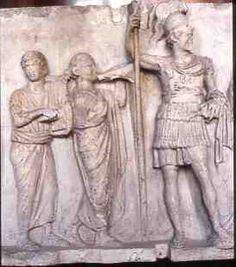 Relief de Domitien, Lustratio (musiciens et statue de Mars)