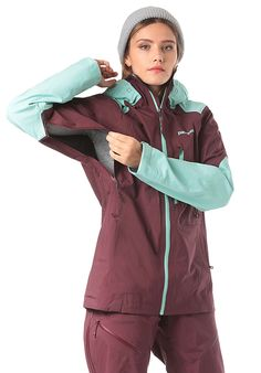 Patagonia Untracked - Skijacke für Damen - Rot - Planet Sports Napoleon, Gore, Der Arm, Models, Komfort, Slim Fit, Patagonia, Rain Jacket, Windbreaker